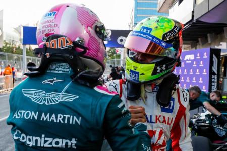 Mick Schumacher congratulates Sebastian after the Grand Prix