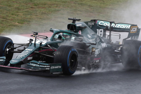 Lance powers around Istanbul Park in the rain during FP3