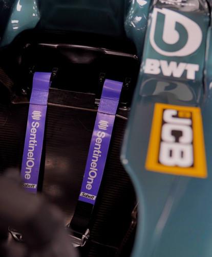 F1 emniyet kemerleri