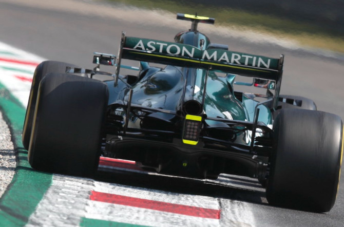 The AMR21 rides the kerbs at Monza
