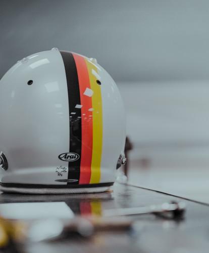 A familiar crash helmet...